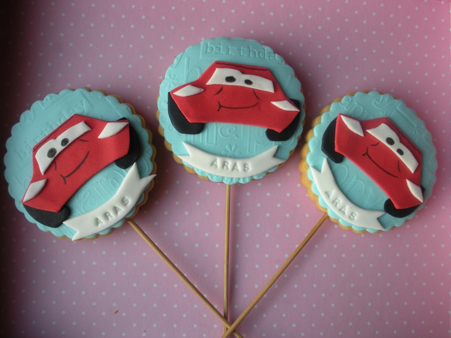 Lightning Mcqueen Cookies on Cake Central