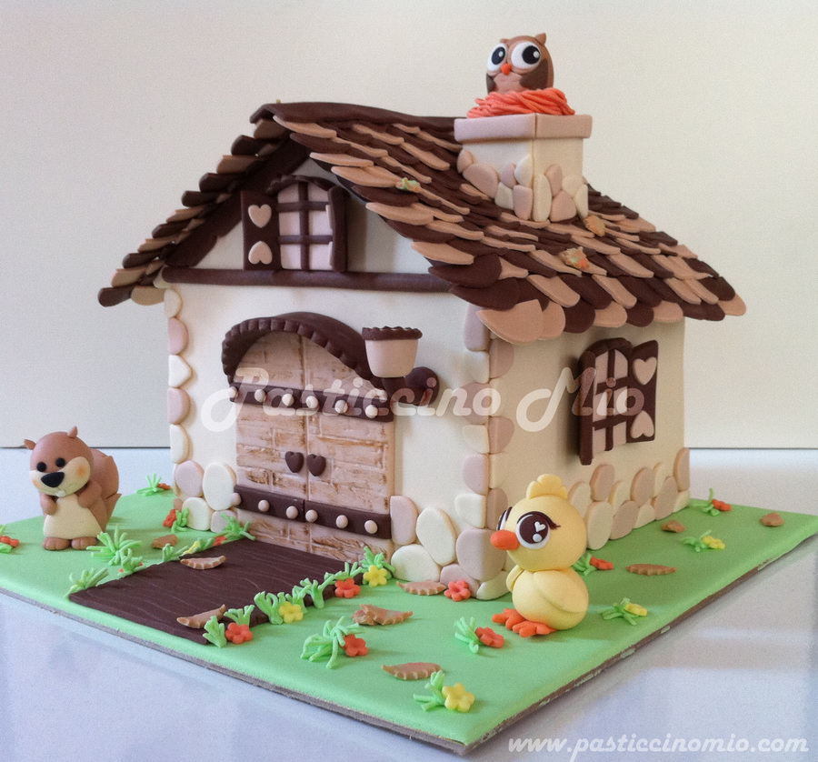 House Cake on Cake Central