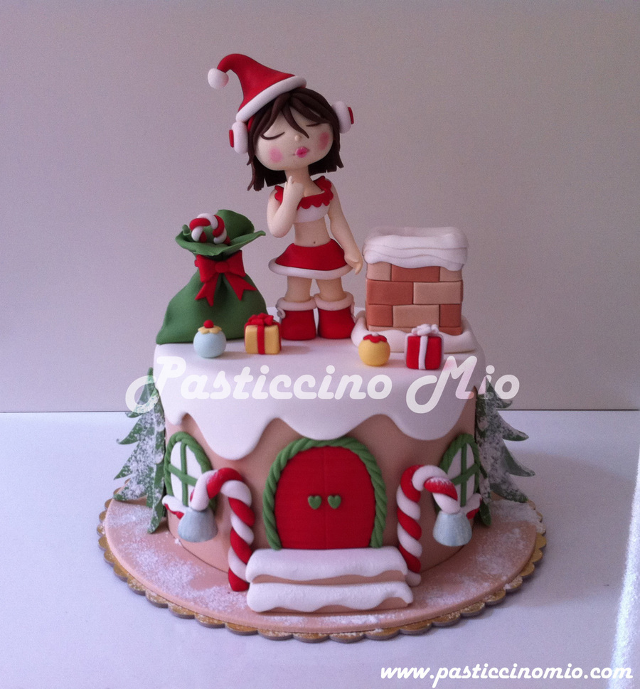 Christmas Cake Ideas Santa : Christmas Cake With A Santa Girl :) - CakeCentral.com