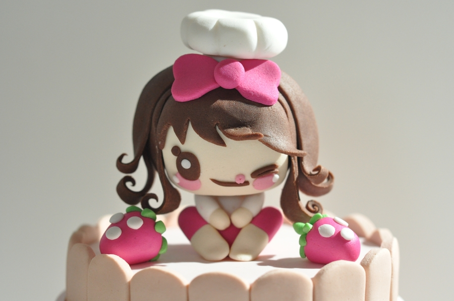 Girl Figure on Cake Central