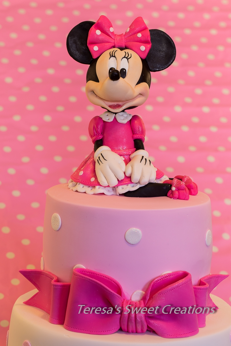 Minnie Mouse Cake All Edible And Handmade By Me CakeCentralcom