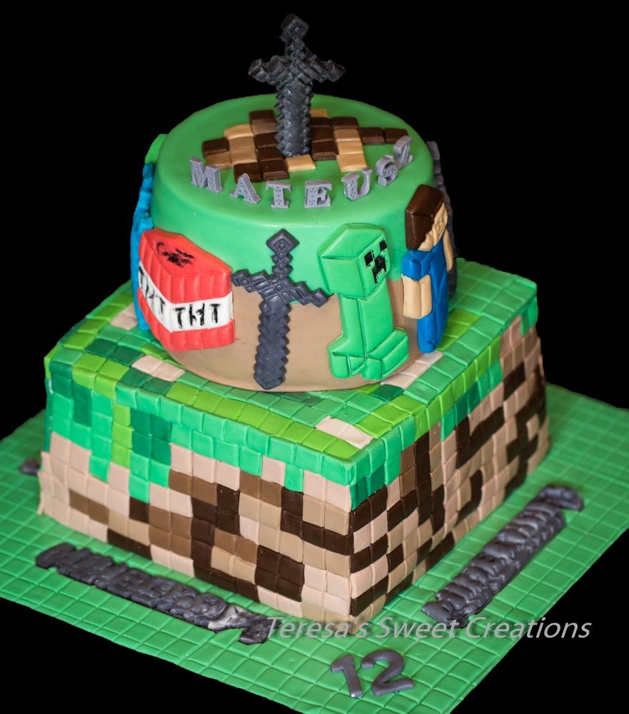Minecraft Game Cake