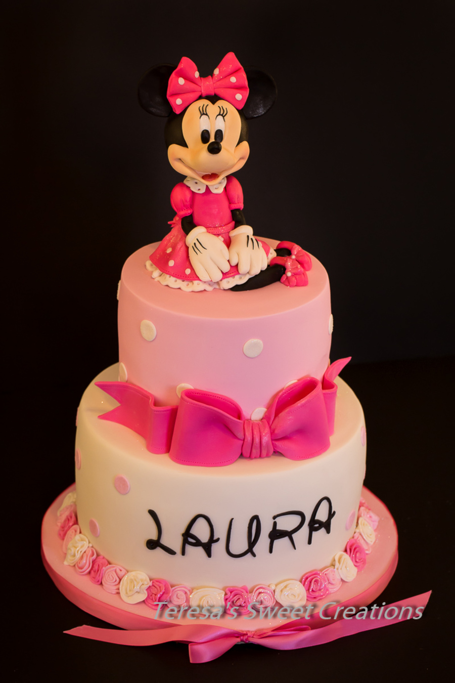 Minnie Mouse Cake All Edible And Handmade By Me