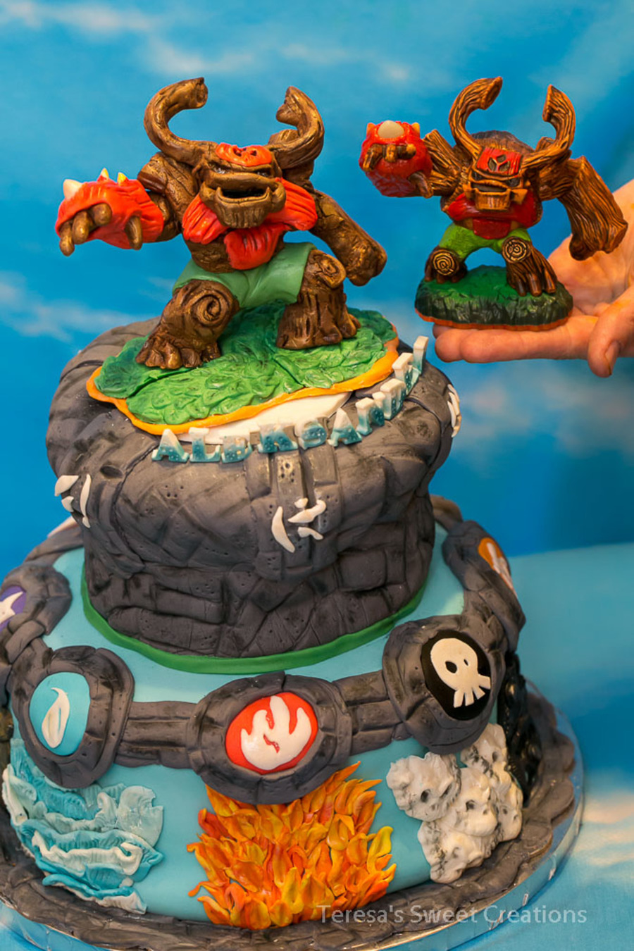 Skylanders Giants Birthday Cake
