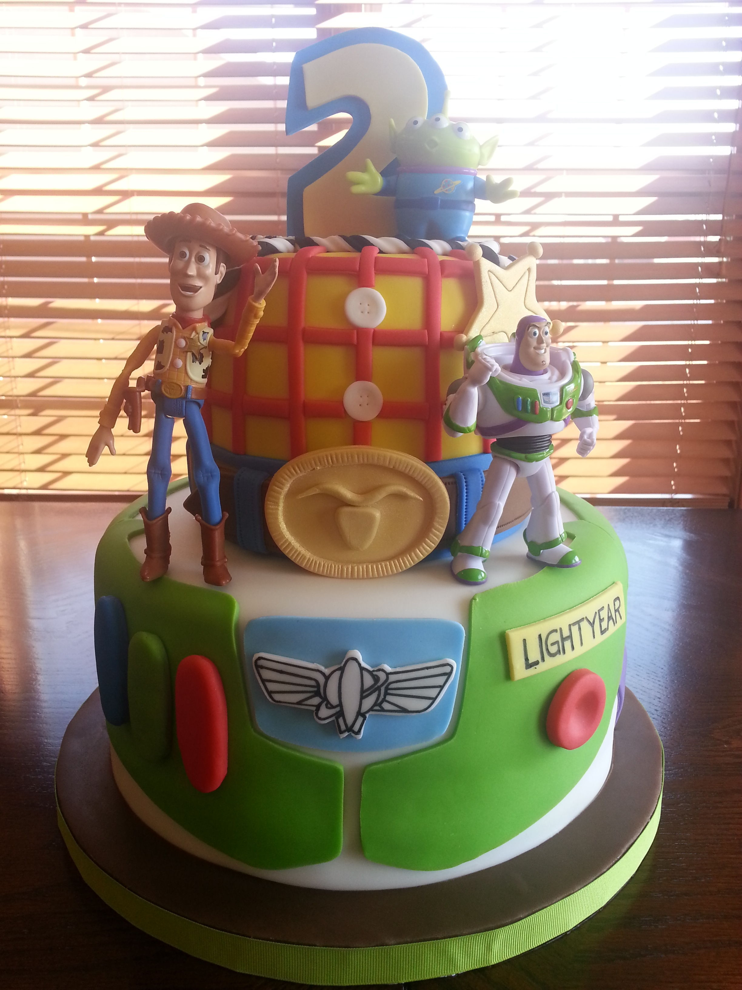 Woody And Buzz Lightyear Cake