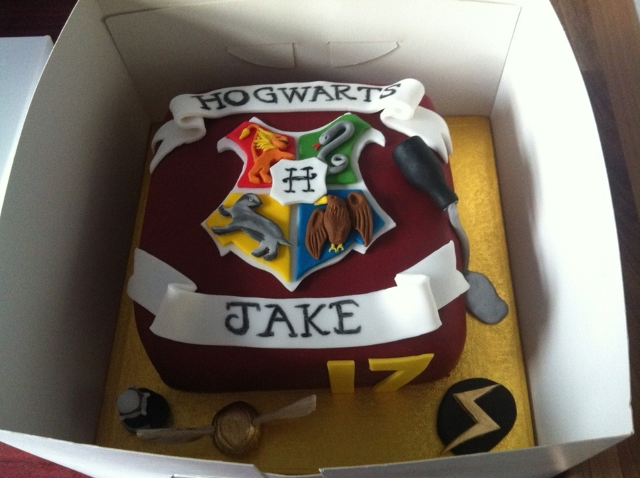 Harry Potter Cake on Cake Central