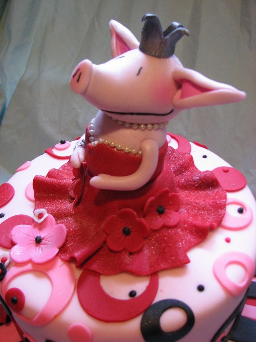 Olivia The Pig - CakeCentral.com