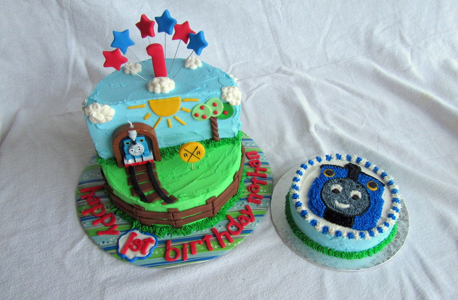 Babys First Birthday Thomas The Tank Engine Birthday Cake With Smash