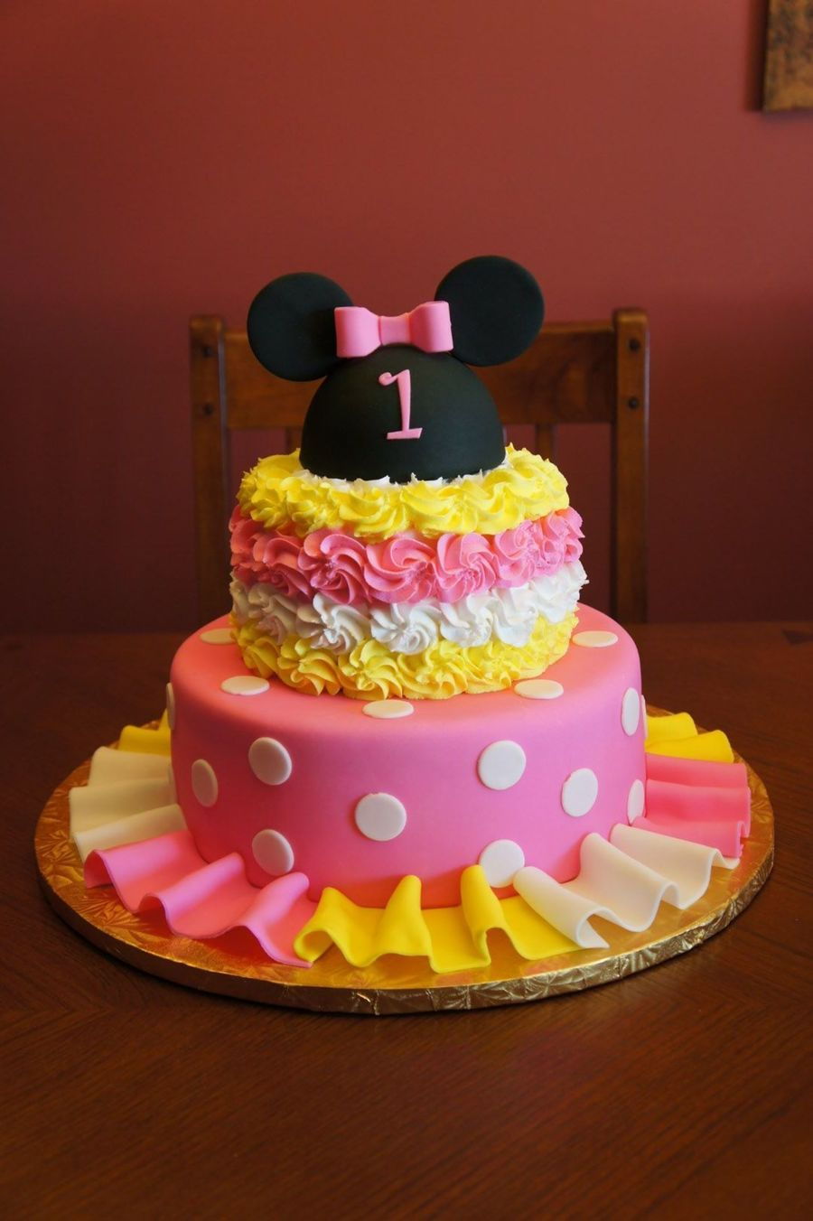 Minnie Mouse Birthday Cake Top Tier Butter Yellow Cake