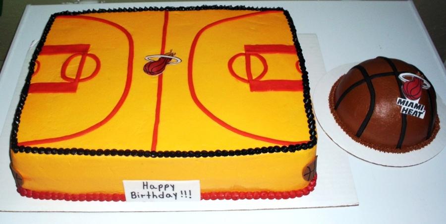 Miami Heat Basketball Court Cake Wmini Basketball - CakeCentral.com