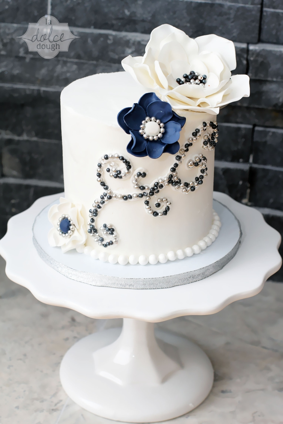 Engagement Navy And Silver Cake And Cupcakes Cakecentral Com