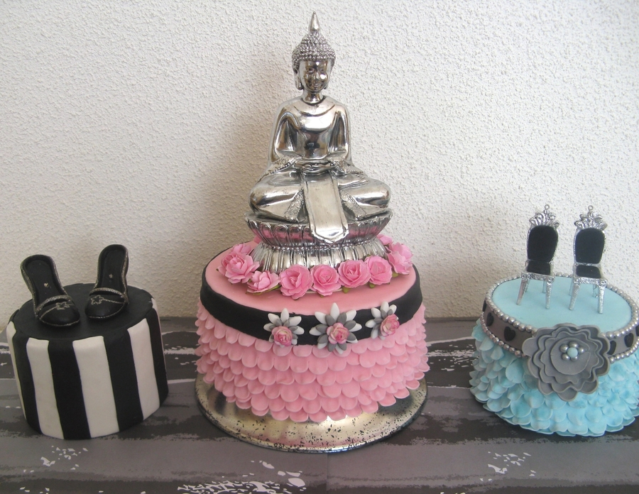 3 Cakes, Some Accesories...lots Of Possibilities (Part1) on Cake Central