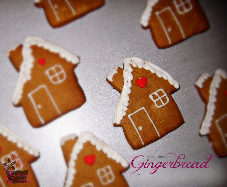 Gingerbreadhouses on Cake Central