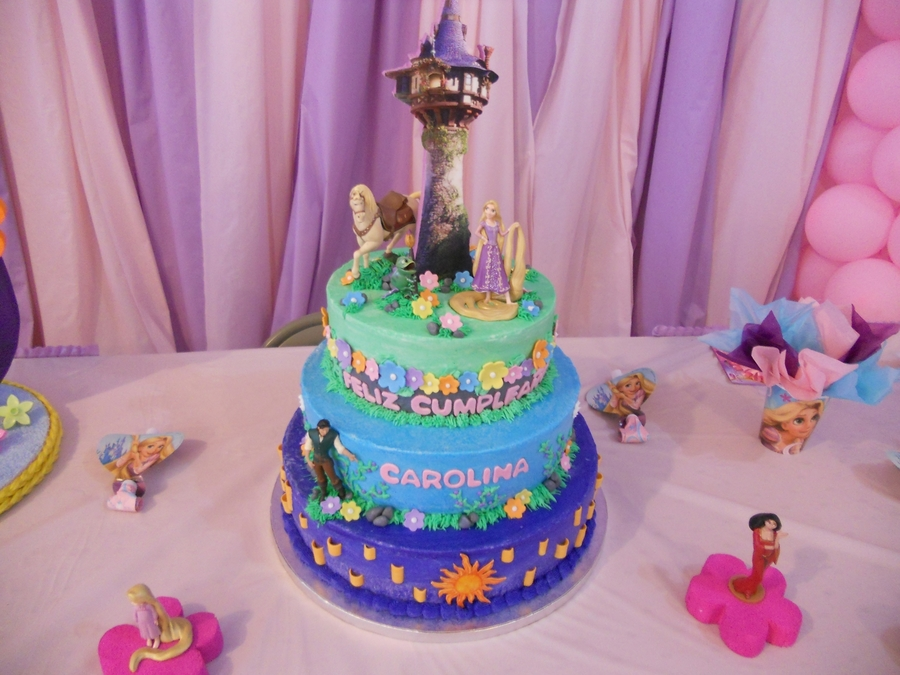 Tangled on Cake Central