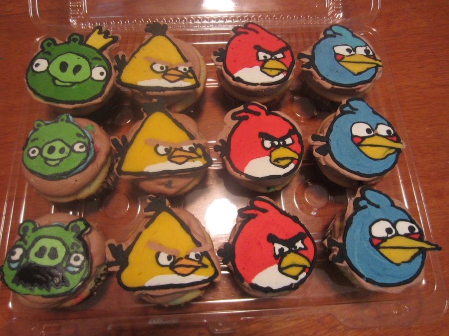 Angry Bird Cupcakes on Cake Central