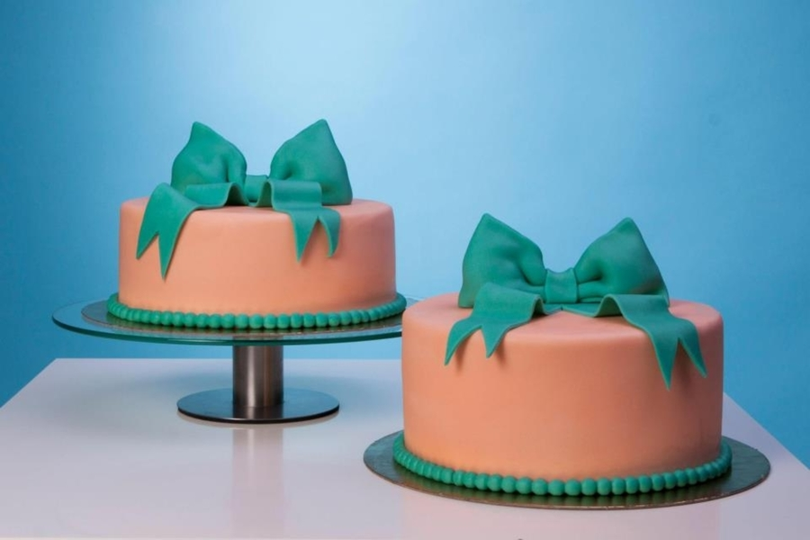Bow Wedding Cake on Cake Central