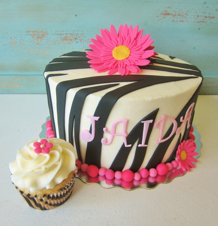 Zebra Print Cake Pink Pearl Border Gumpaste Daisies Matching Cupcakes on Cake Central