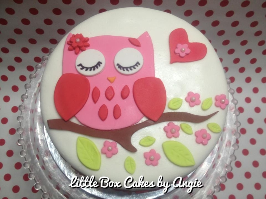 Owl Cake Decor : Owl Cake - CakeCentral.com