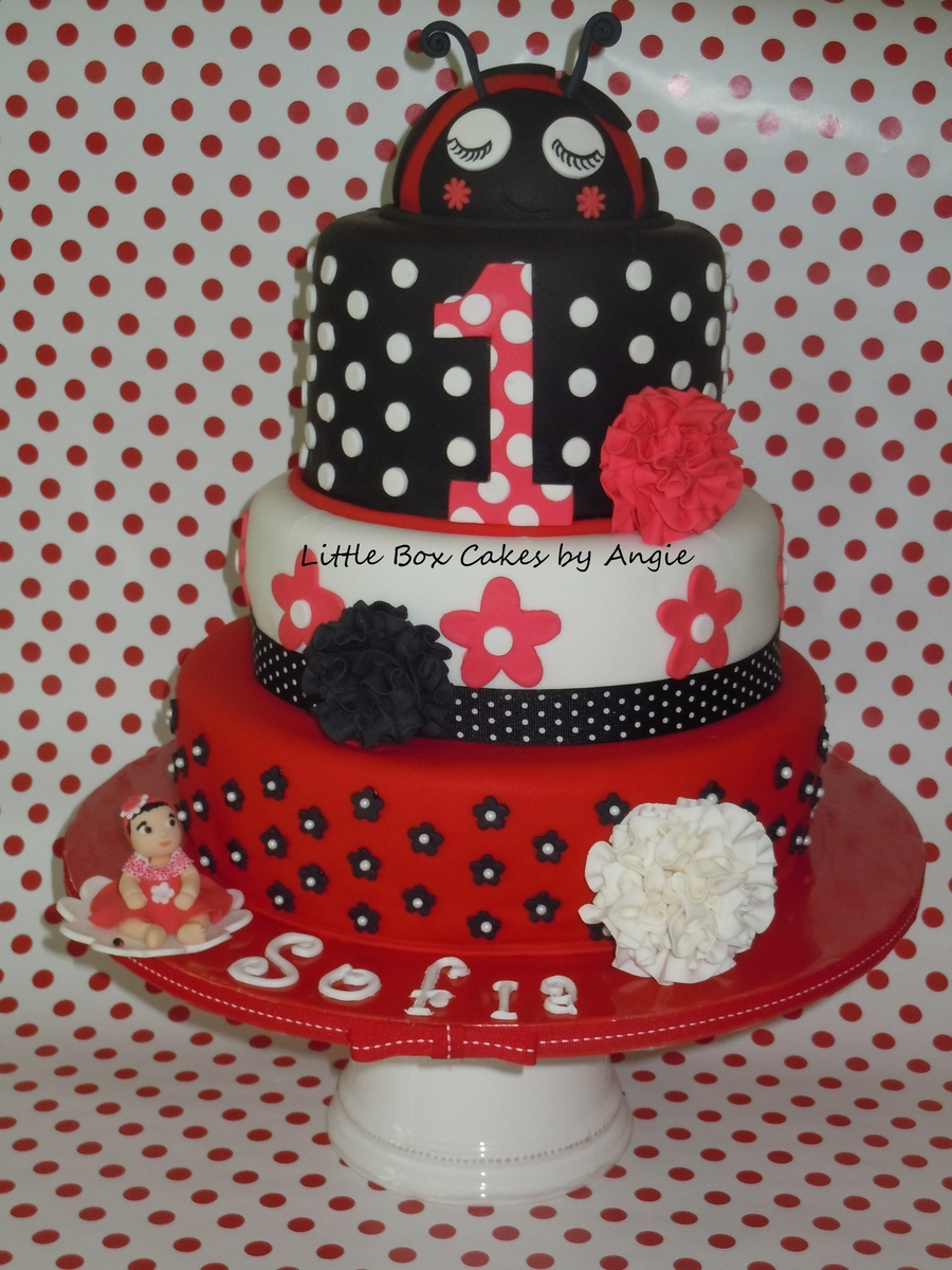 Fancy Ladybug Cake on Cake Central