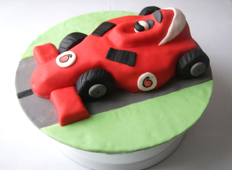 Formula 1 Racing Car Cake on Cake Central