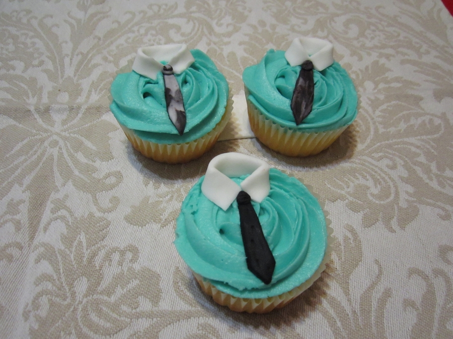 Cupcake - Shirt & Tie on Cake Central