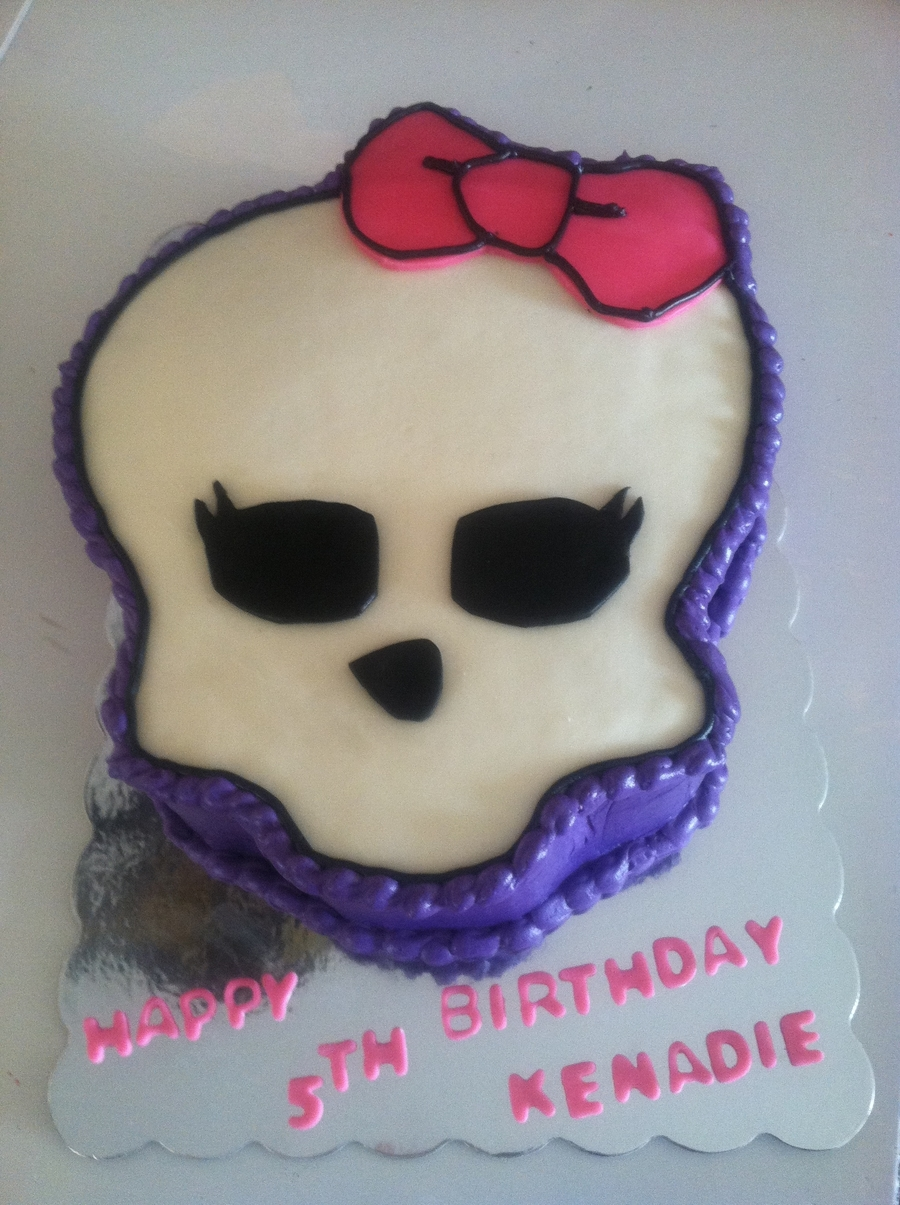 Monster High on Cake Central