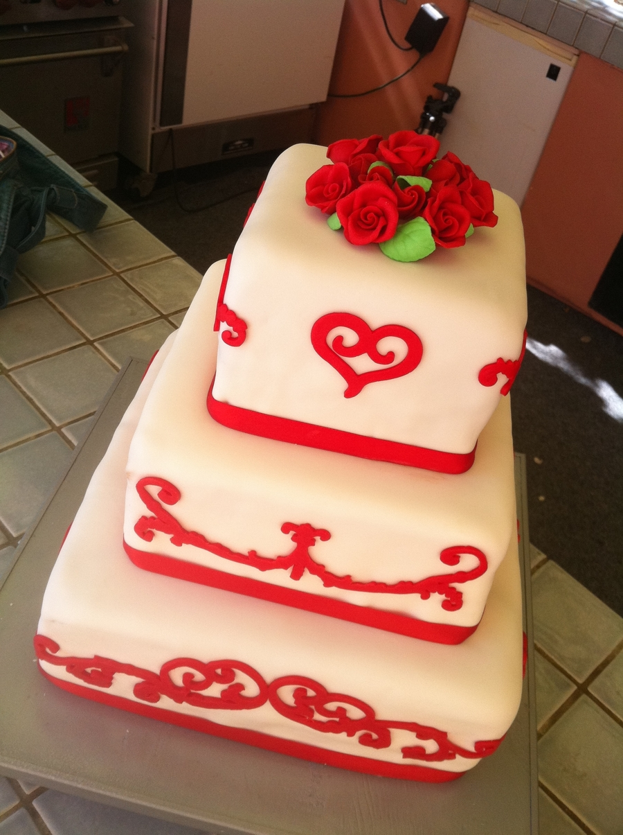 Red/white Wedding on Cake Central