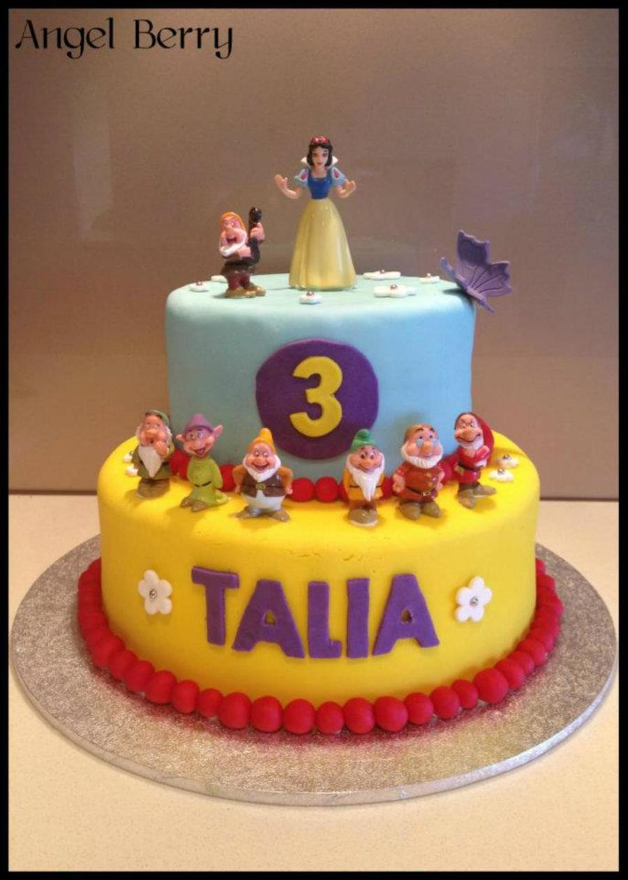 Snow White Two Tiered Cake on Cake Central