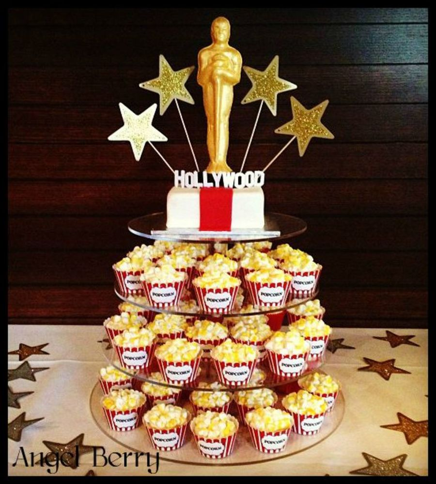 Hollywood Themed Cake Recipe