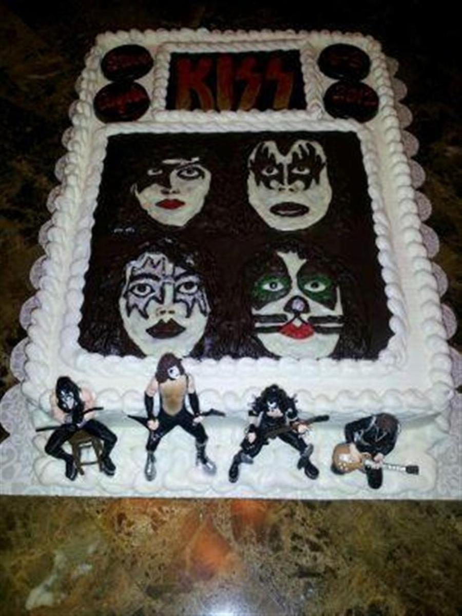 Fabulous Kiss Dynasty Cake Cakecentral Com Funny Birthday Cards Online Overcheapnameinfo