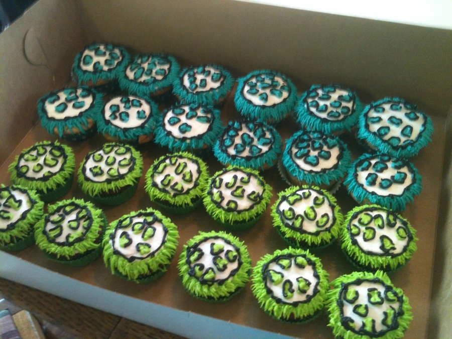Cheetah And Fringe Cupcakes on Cake Central