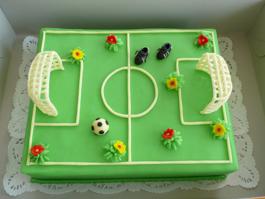 Soccer Field on Cake Central