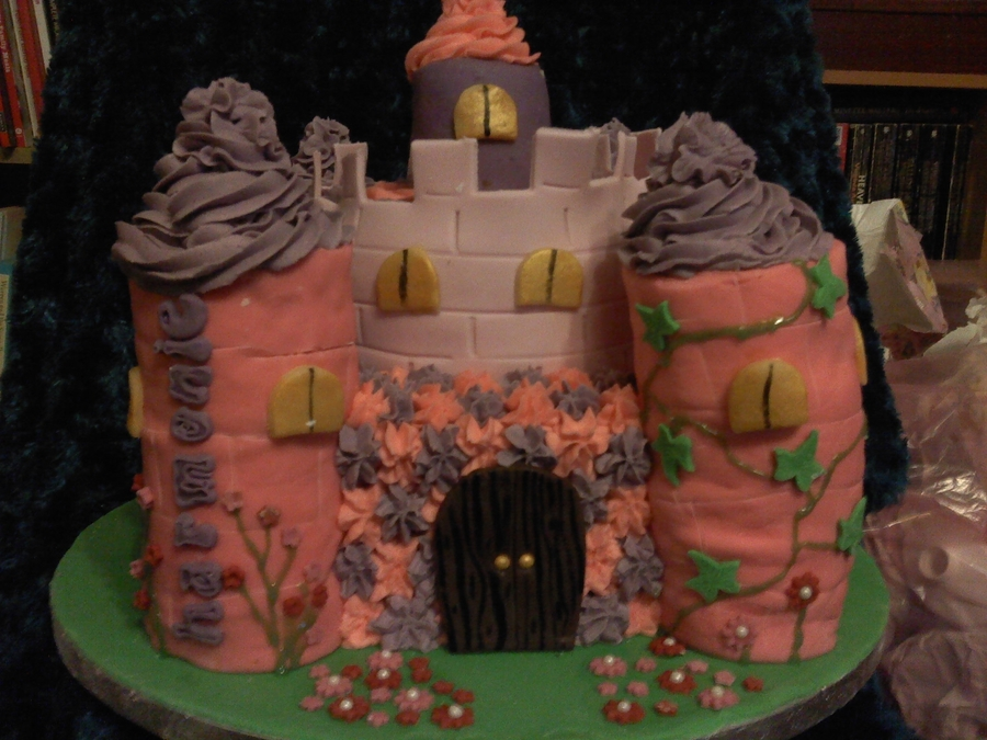 Fairytale Castle Cake on Cake Central