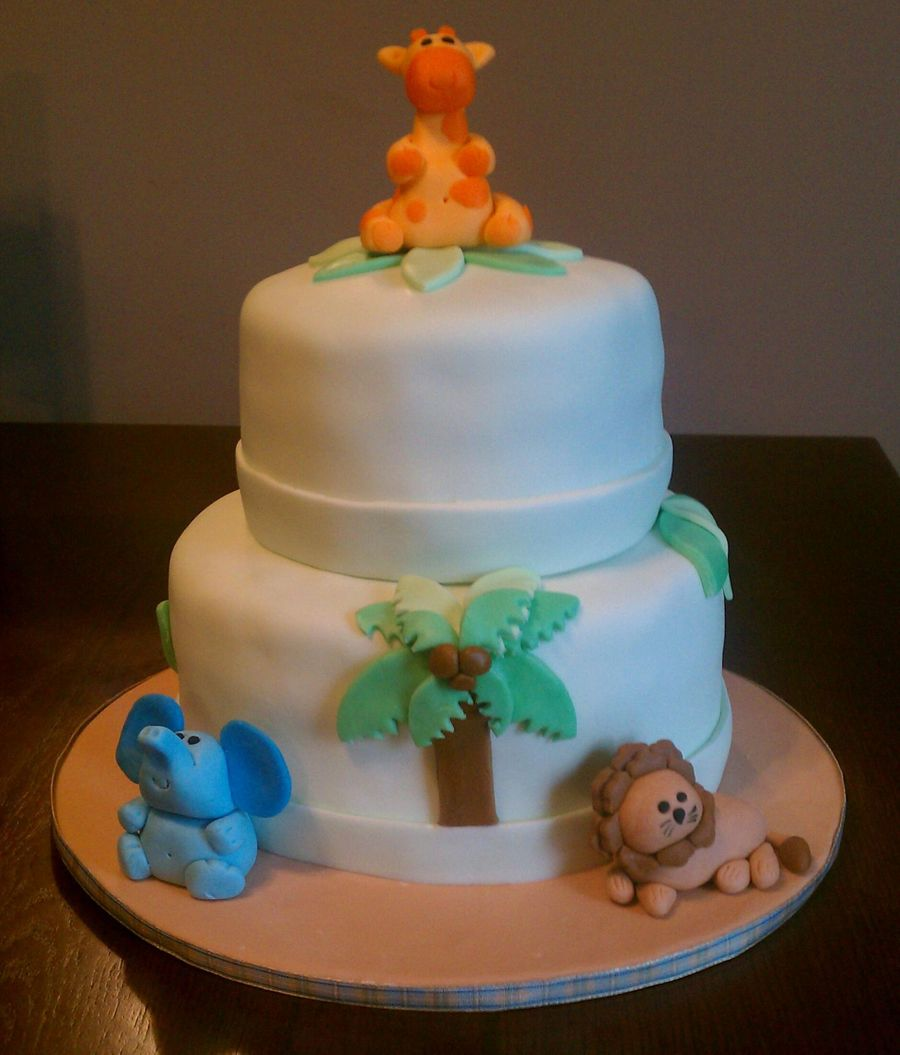 Jungle Themed Baby Shower Cake And Cupcakes