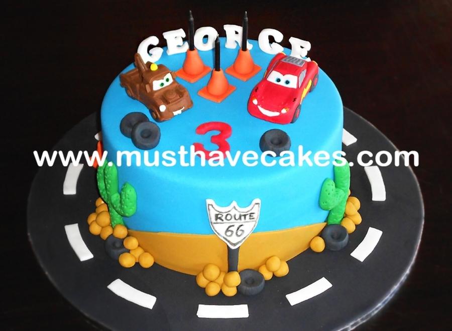 Cake With Fondant Cars : Cars Fondant Cake - CakeCentral.com