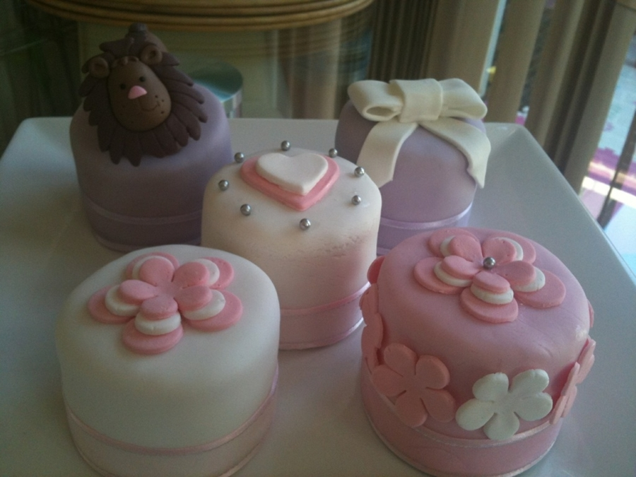 Superb Small Birthday Cakes Cakecentral Com Personalised Birthday Cards Paralily Jamesorg