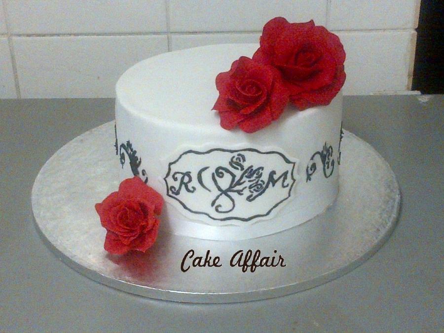 White Red Roses Wedding Cake - CakeCentral.com