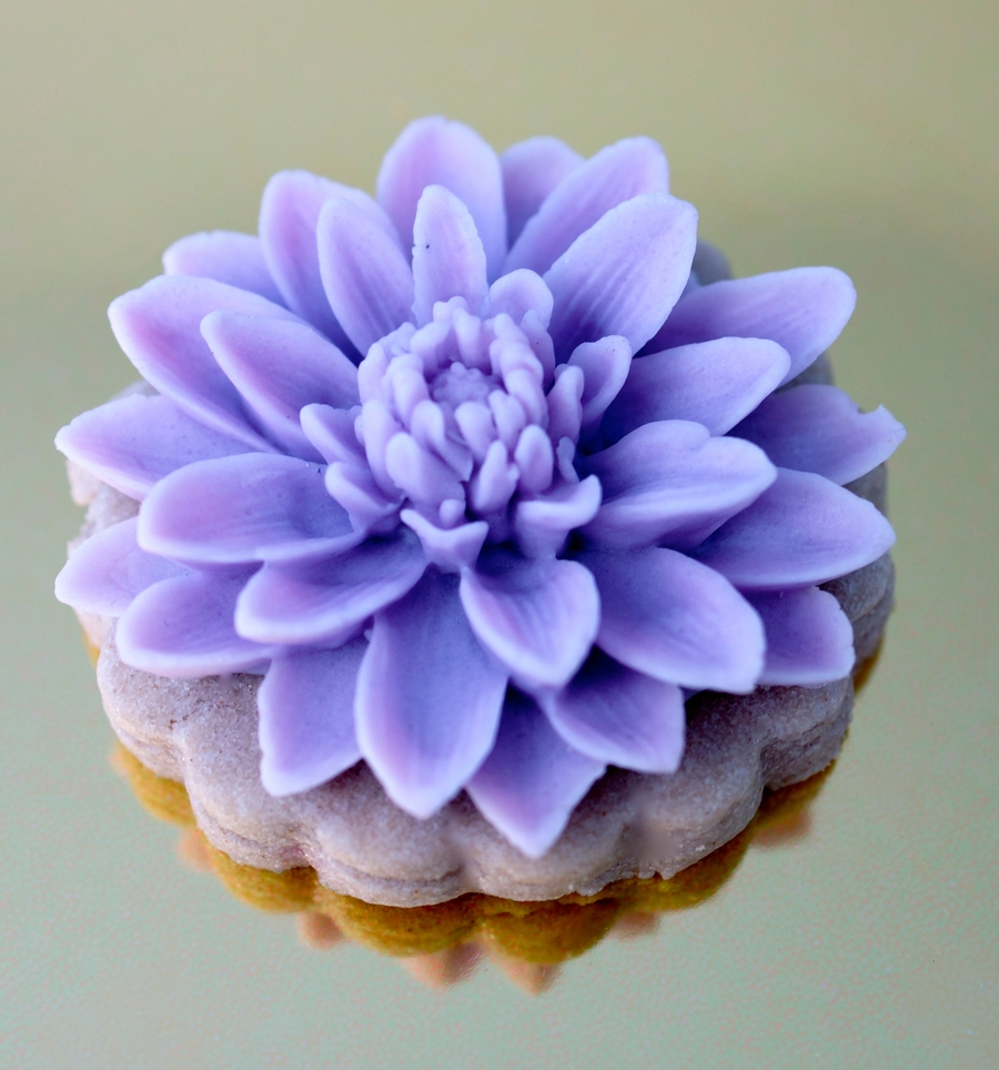 Lavender Chrysanthemum Cookies  on Cake Central