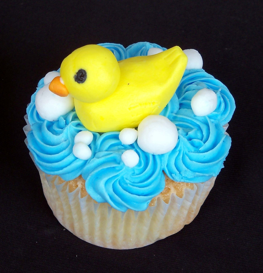 Ducky  on Cake Central
