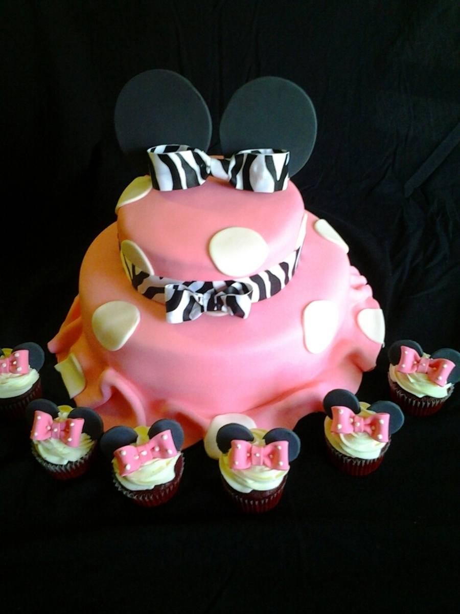 Minni Mouse Cake With Zebra Bow on Cake Central