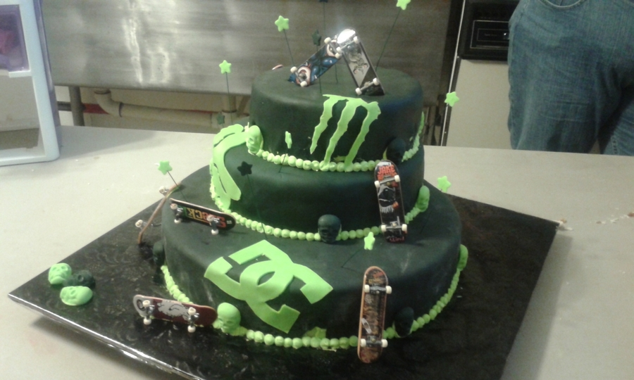 Monster Dc Fox Birthday Cake