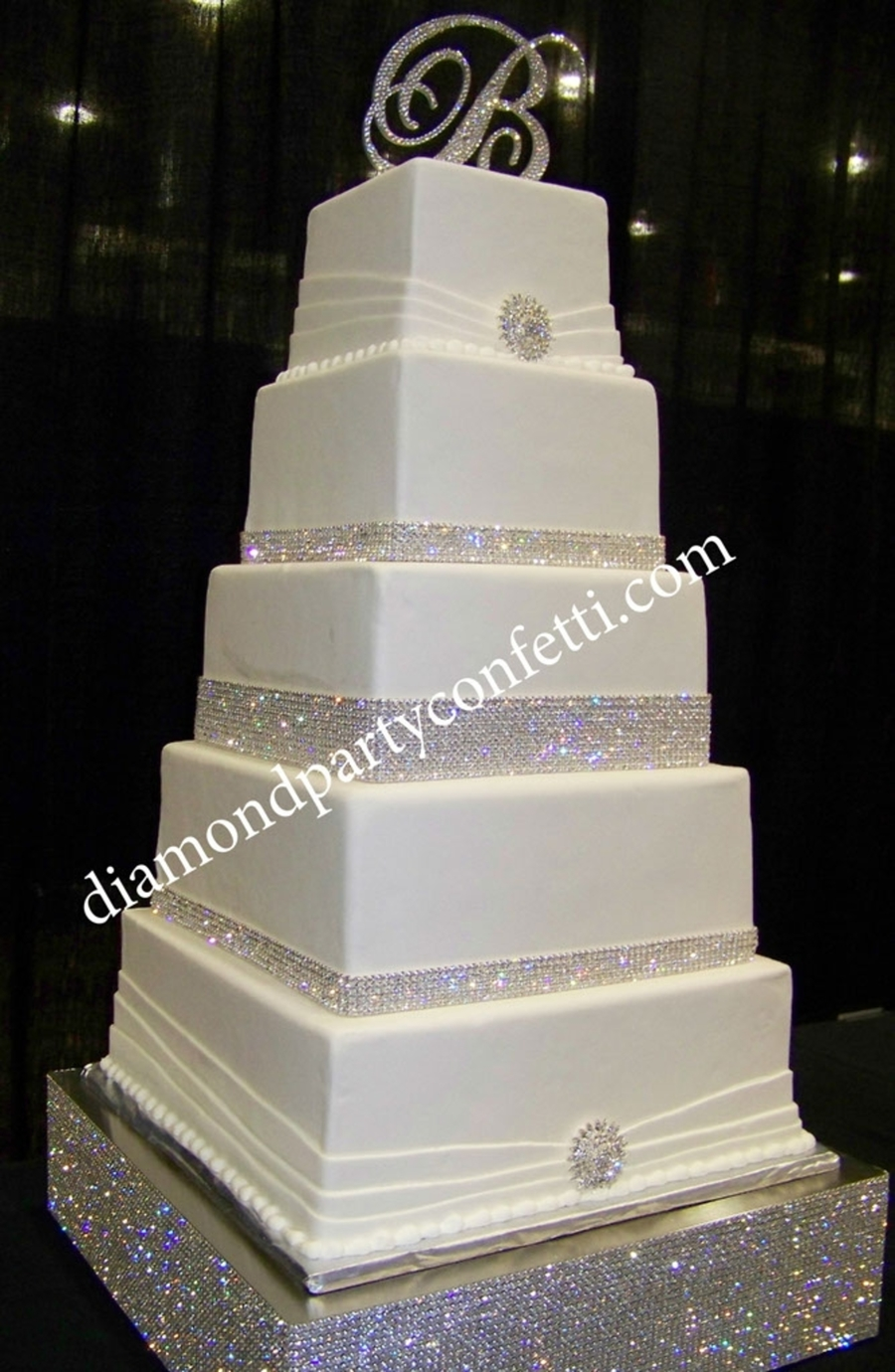 Sparkly Bling Nails: Rhinestone Bling Wedding Cake