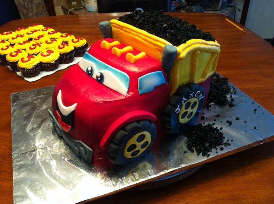 Chuck The Truck Cake on Cake Central