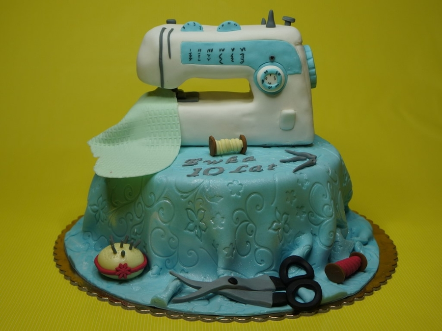 Cake Sewing Machine on Cake Central