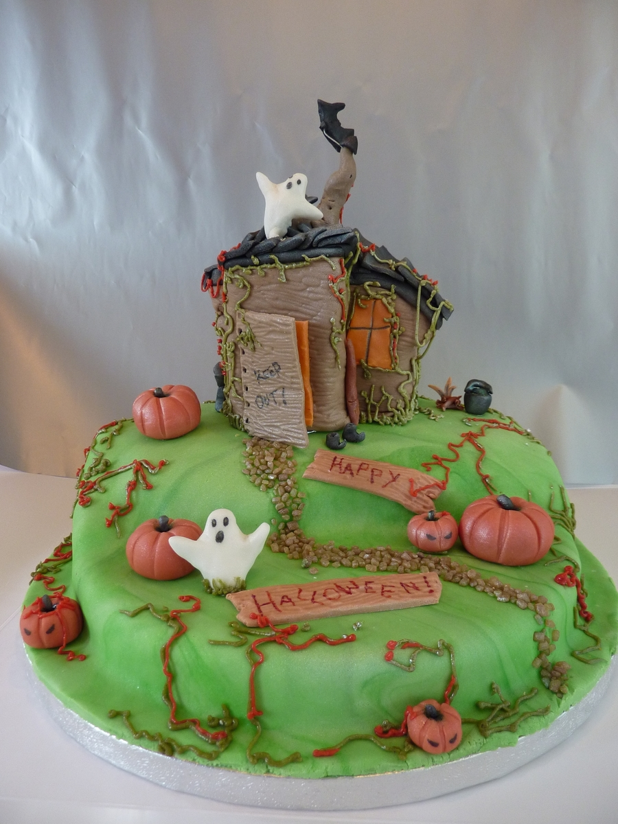 Witches Shack on Cake Central