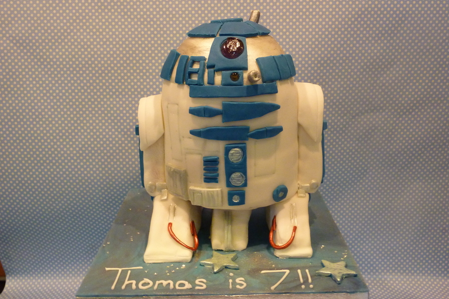 R2 D2 on Cake Central