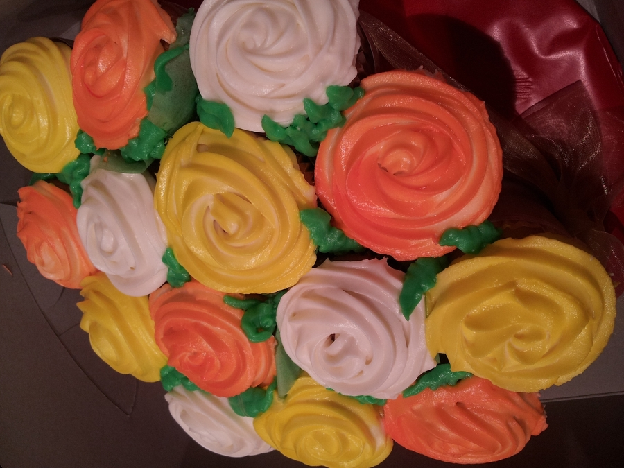 Cupcake Rose Bouquet on Cake Central