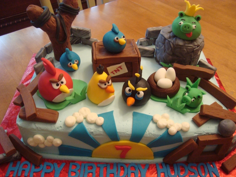 Hudson's Angry Birds Cake on Cake Central