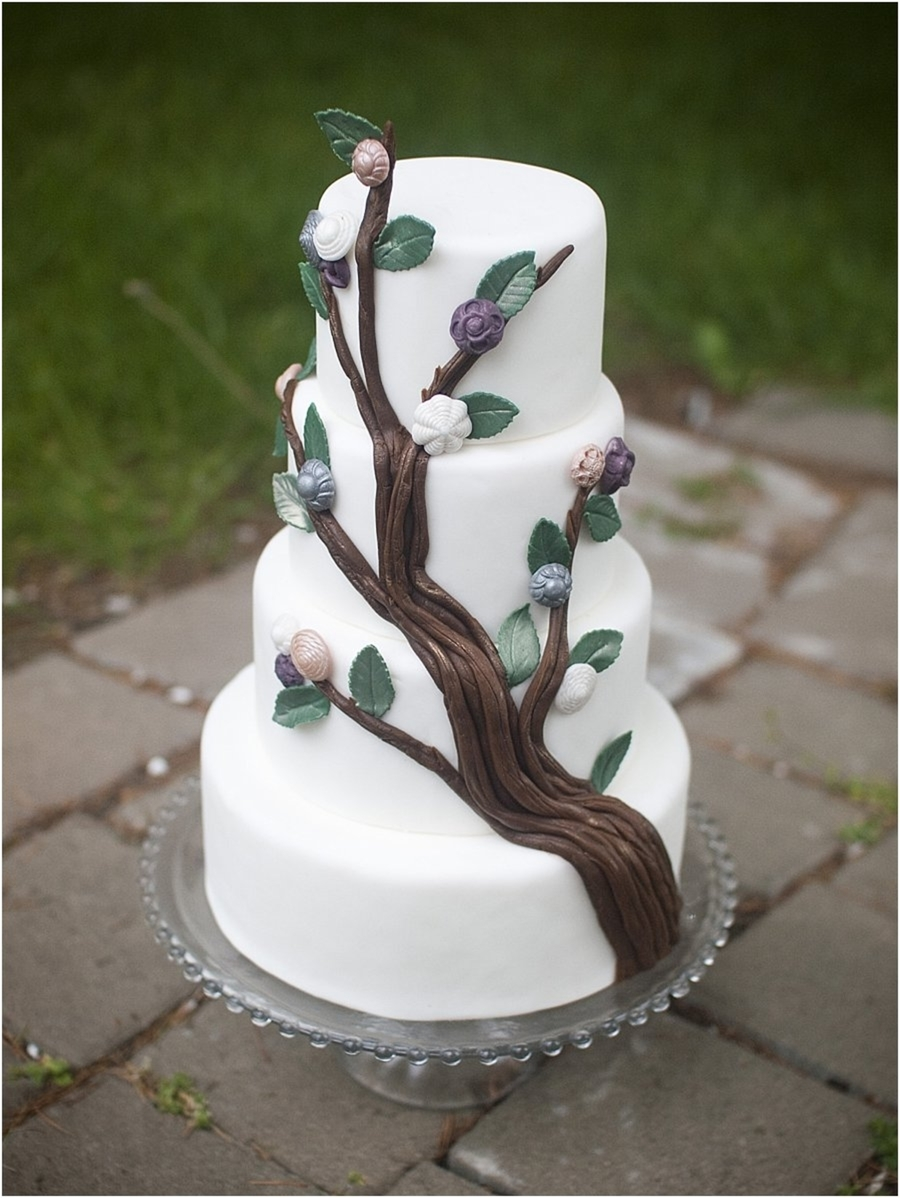 Button Tree  on Cake Central
