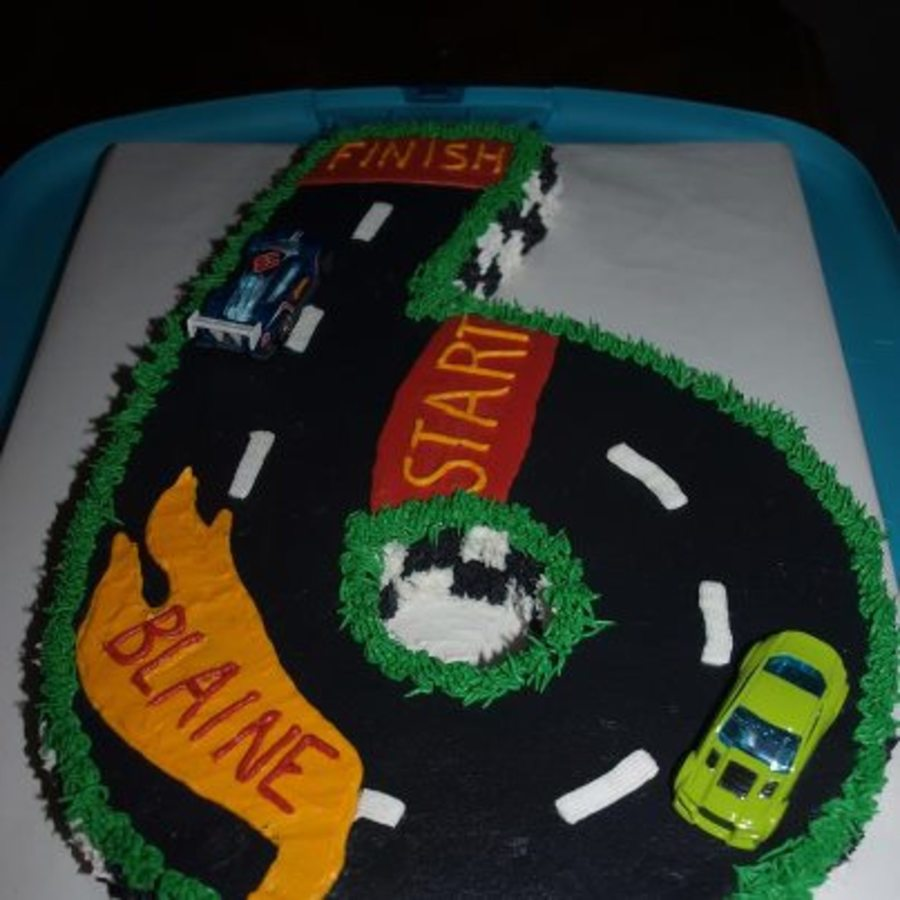 Racecars on Cake Central